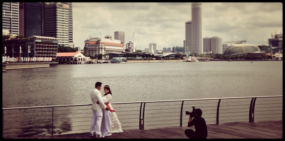 Wedding Photoshoot at Marina Bay