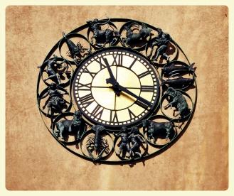 sunsign-clock